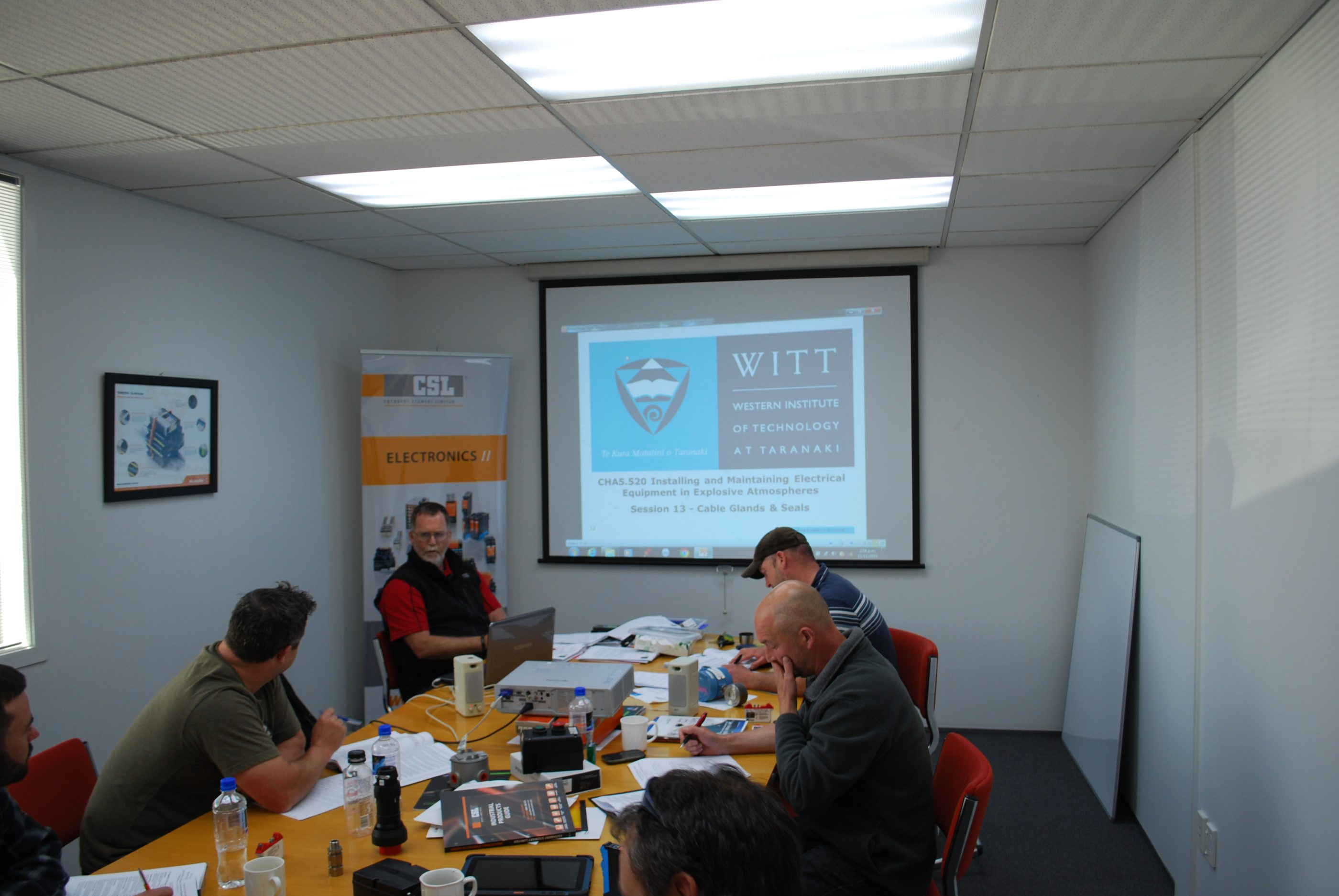 Peter Lind of WITT starting the course