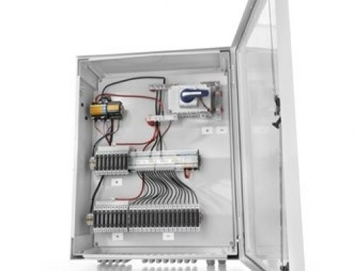 Efficient photovoltaic system combiner box up to 1,500 V